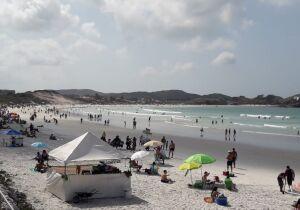 Cabo Frio libera comércio ambulante nas praias
