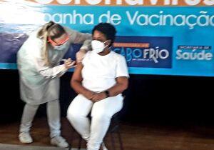 """Cabo Frio inicia vacinação e secretário adverte sobre manter cuidados sanitários: """"primeiro passo"""""""