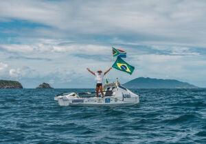 De Cabo a Cabo: Folha traz bastidores da viagem de remador sul-africano que cruzou o Atlântico