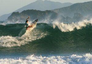 Búzios sedia Campeonato de Surf na Praia de Geribá