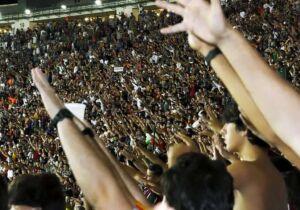 Lei garante livre manifestação do torcedor nos eventos esportivos