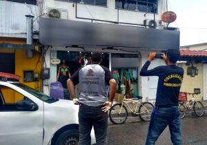 Defensoria recomenda que comércio permaneça fechado, mas Arraial mantém decreto de reabertura