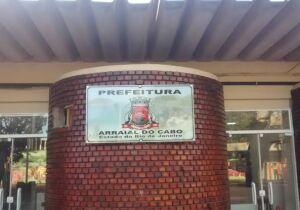Atrasos salariais revoltam servidores em Arraial do Cabo
