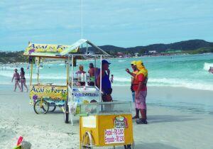 Câmara pressiona Prefeitura por volta de ambulantes às praias em Cabo Frio
