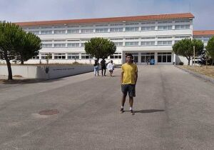 Família cabofriense tenta levantar recursos para jovem estudante ingressar em universidade portuguesa