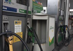 Postos de combustíveis já podem vender gasolina com novo padrão