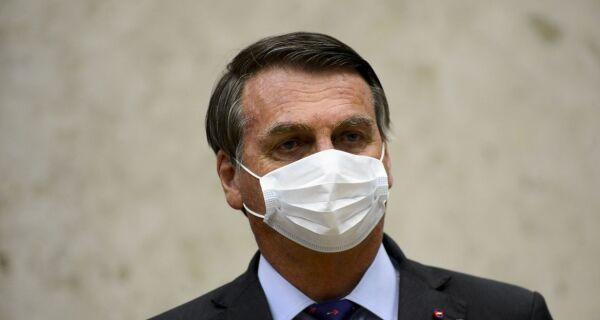 Bolsonaro veta perdão a dívidas de igrejas e sugere derrubada do veto no Congresso