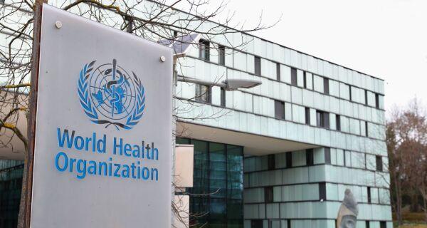OMS elogia AstraZeneca por pausar testes de vacina contra novo coronavírus