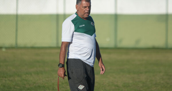 """Técnico da Cabofriense está otimista para campanha na Série D: """"Temos que ter objetivos grandes"""""""