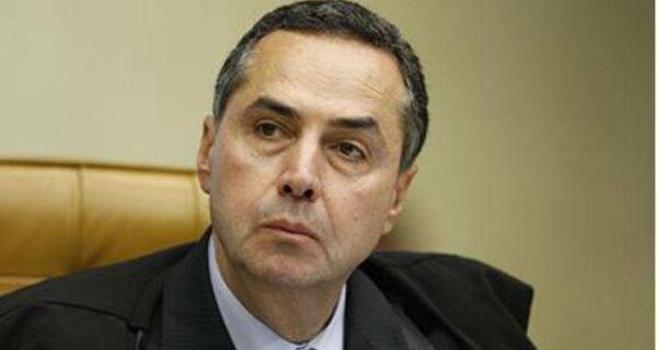 """""""Não queremos que as eleições sejam um foco de pico da Covid"""", diz Barroso"""