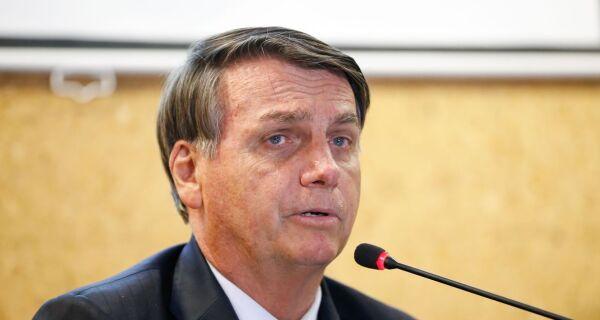 Jair Bolsonaro edita medidas para combate ao covid-19