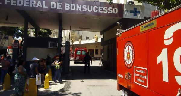 Bombeiros controlam incêndio no Hospital Federal de Bonsucesso