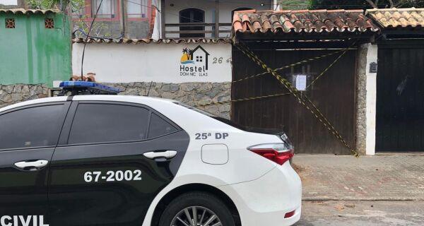 Polícia cumpre 11 mandados de prisão preventiva em operação contra tráfico de drogas em Arraial