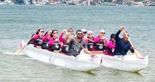 Clube de Canoa Havaiana promove remada solidária em apoio ao Outubro Rosa