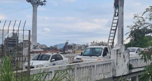 Ponte Feliciano Sodré tem iluminação restabelecida após furto de cabos