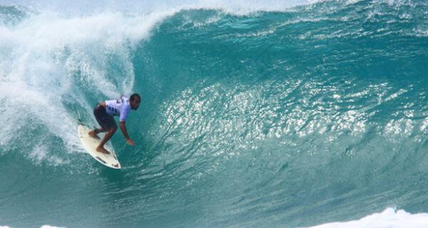 Cabo Frio recebe etapa do Circuito Estadual de Surfe Amador