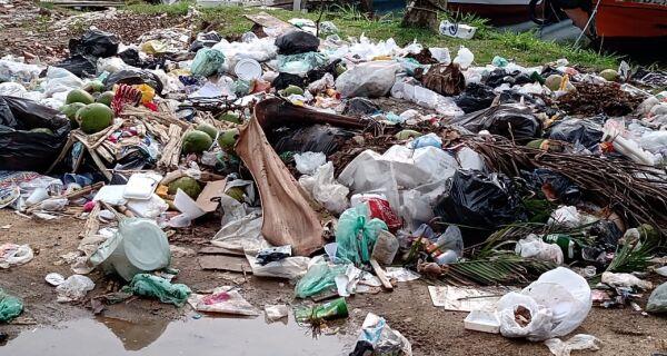 Prefeitura recolhe mensalmente 200 toneladas de resíduos em áreas de descarte irregular na Gamboa