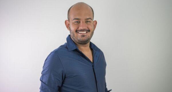 """Felipe Fernandes: """"O caminho é aumentar o isolamento social e a quantidade de leitos disponíveis"""""""