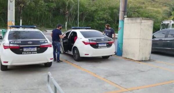 Polícia Civil prende acusado de abusar de quatro menores em Arraial