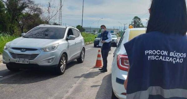 Procon de Búzios orienta turistas nas barreiras sanitárias