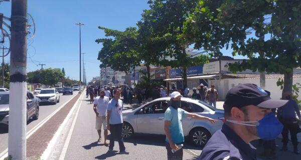 Guardas municipais de Cabo Frio protestam contra mudança na escala de trabalho