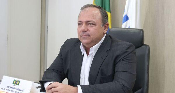 Volume de vacinas da covid-19 ainda é insuficiente para atender o Brasil