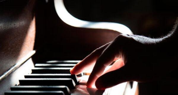 Último recital de 2020 da série 'Jovens Pianistas' será realizado no próximo dia 18