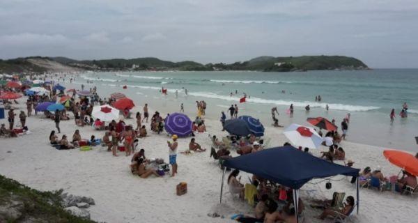 """Entidades turísticas lançam campanha """"Cabo Frio continua de braços abertos"""""""