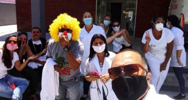 Crise na Saúde em Arraial: município vive dia de protestos e demora no atendimento no Hospital