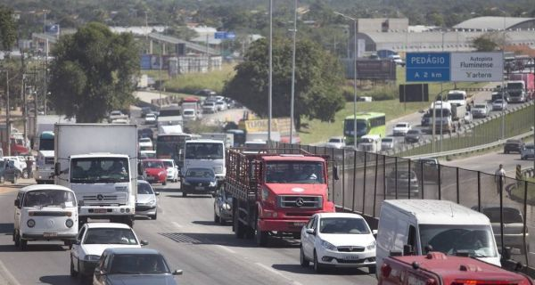 Reunião discute caos anunciado nas estradas no próximo verão