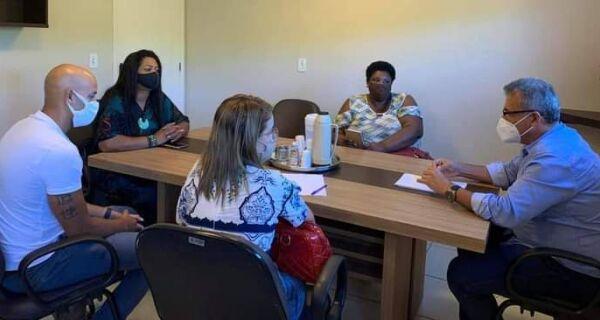 Buzios discute plano de retomada das aulas presenciais na rede pública