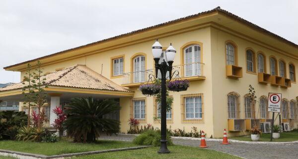 Prefeitura lança IPTU Itinerante nos cinco distritos de Araruama