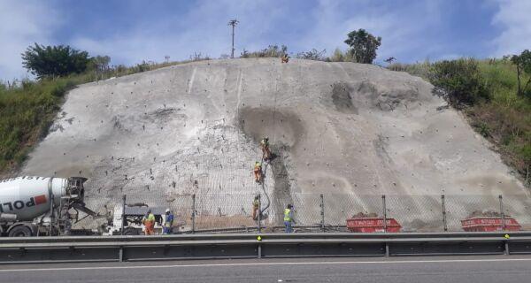 CCR ViaLagos realiza obras de contenção de taludes em Rio Bonito