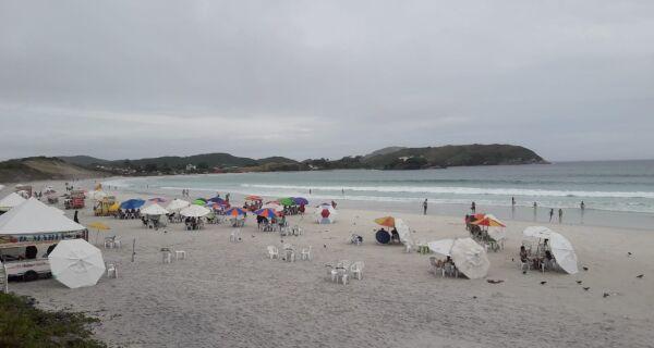 Tempo em Cabo Frio fica chuvoso durante toda a semana, aponta meteorologia