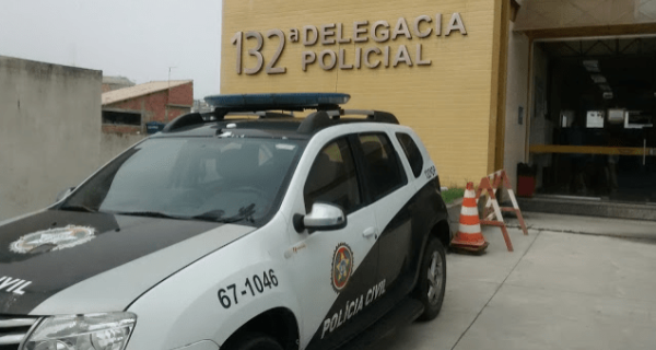 Polícia identifica e pede prisão de oito traficantes que participaram de ataque a PMs em Arraial