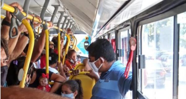 Passageiros da região relatam os transtornos diários que enfrentam nos coletivos