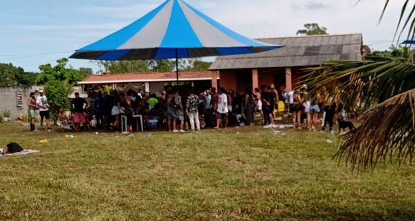 Fiscalização encerra festa de música eletrônica com 200 pessoas em São Pedro da Aldeia