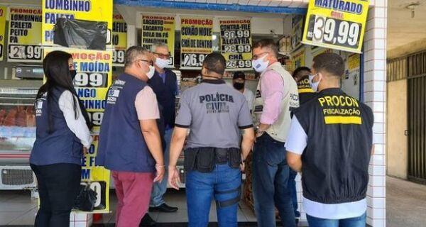 Açougue é fechado em São Pedro da Aldeia por vender carne estragada e fora da validade