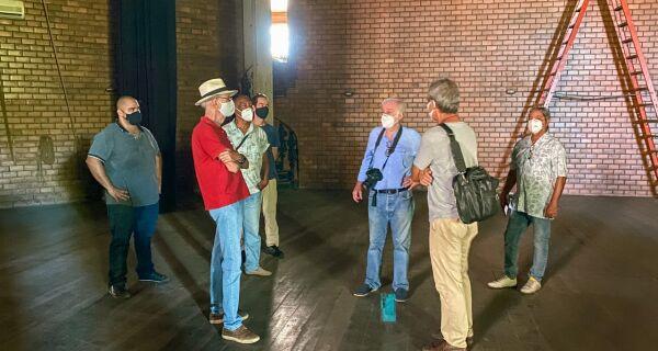 Teatro Municipal de Cabo Frio passa por visita técnica