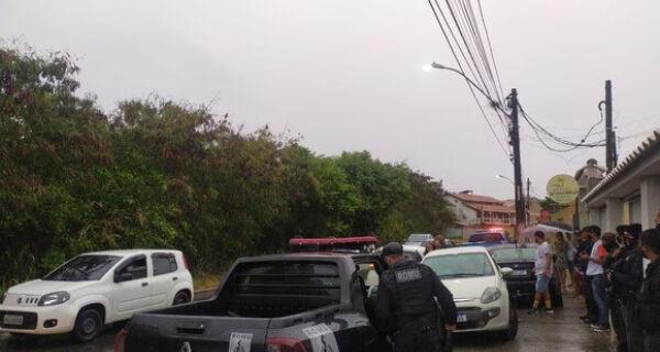 Operação da PM com a Guarda de Cabo Frio acaba com festa clandestina na Ogiva
