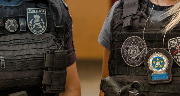 Policiais do Rio vão usar câmeras portáteis nos uniformes