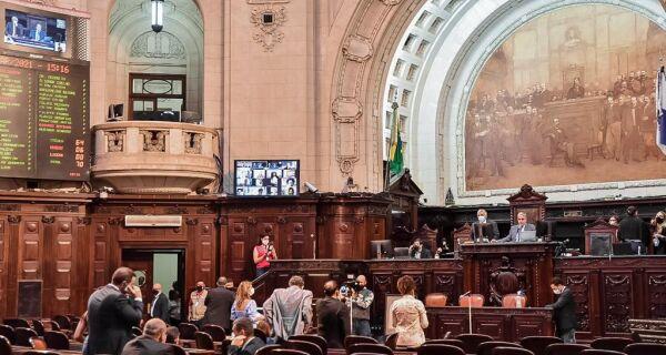 Alerj vota criação de CPI para apurar queda no repasse na arrecadação dos royalties