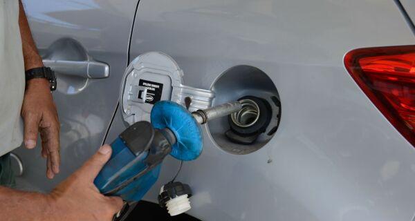 Preços de gasolina e diesel sobem mais uma vez nas refinarias