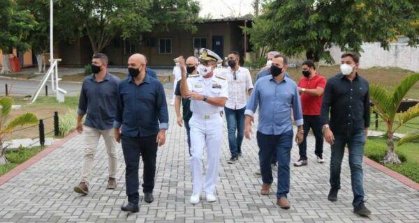 São Pedro da Aldeia firma acordo de cooperação técnico-cultural com Comando da Força Aérea Naval