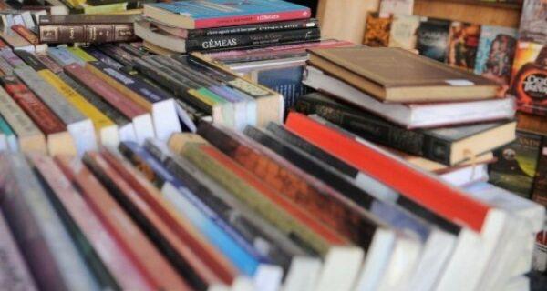 Um dia após anúncio, Arraial adia 'Semana do Livro' para evitar aglomeração