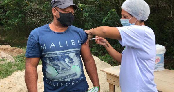 Quilombolas do Prodígio, em Araruama, receberam a primeira dose da vacina contra a Covid-19