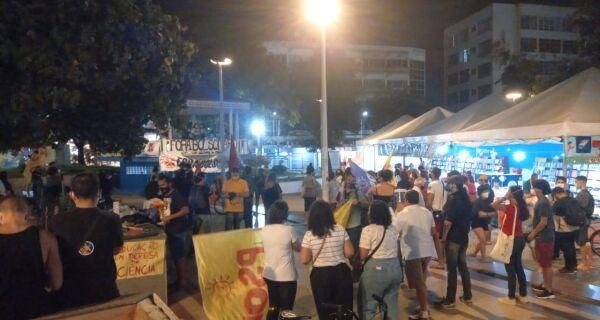 Praça Porto Rocha recebe ato contra Bolsonaro nesta sexta-feira (28)