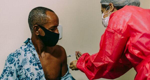 Pessoas de 46 a 51 anos com comorbidades serão vacinadas em Cabo Frio na próxima semana