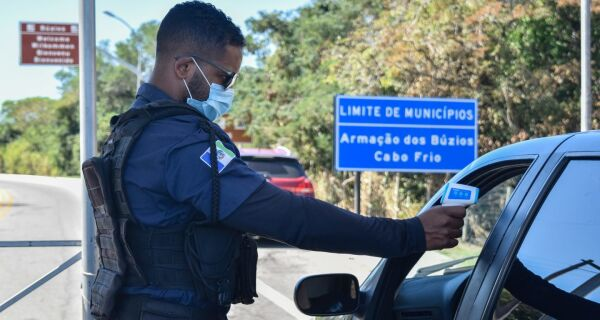 Búzios reforça barreiras sanitárias após confirmação de variante indiana no estado do Rio