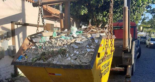 Operação da Prefeitura apreende caçambas irregulares nas ruas de Cabo Frio